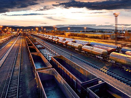 Transport combiné : définition, avantages et inconvénients